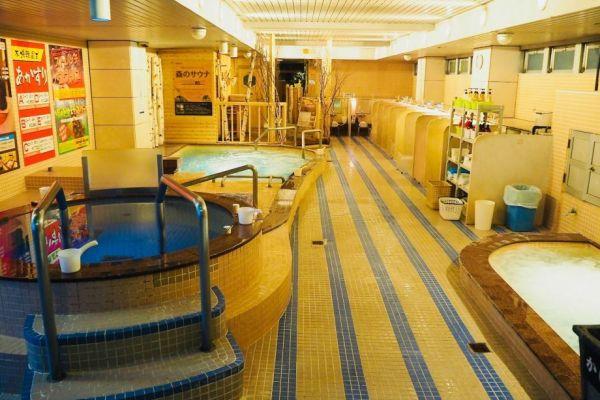 サウナ&カプセルホテル ウェルビー栄店