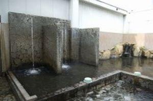 天然温泉ロックの湯1