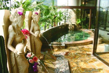 稲佐山温泉ホテルアマンディ1