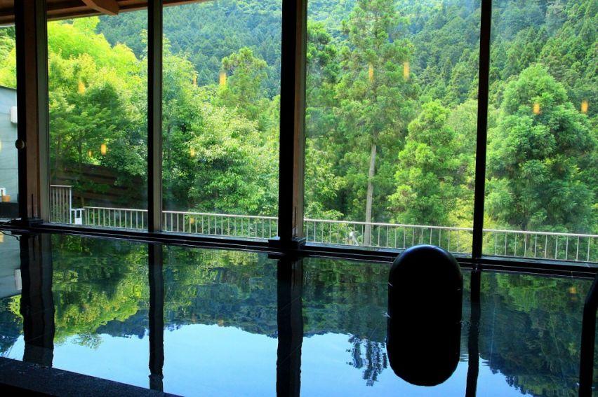 秋川渓谷 瀬音の湯1