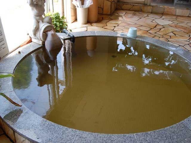 天然水の水風呂